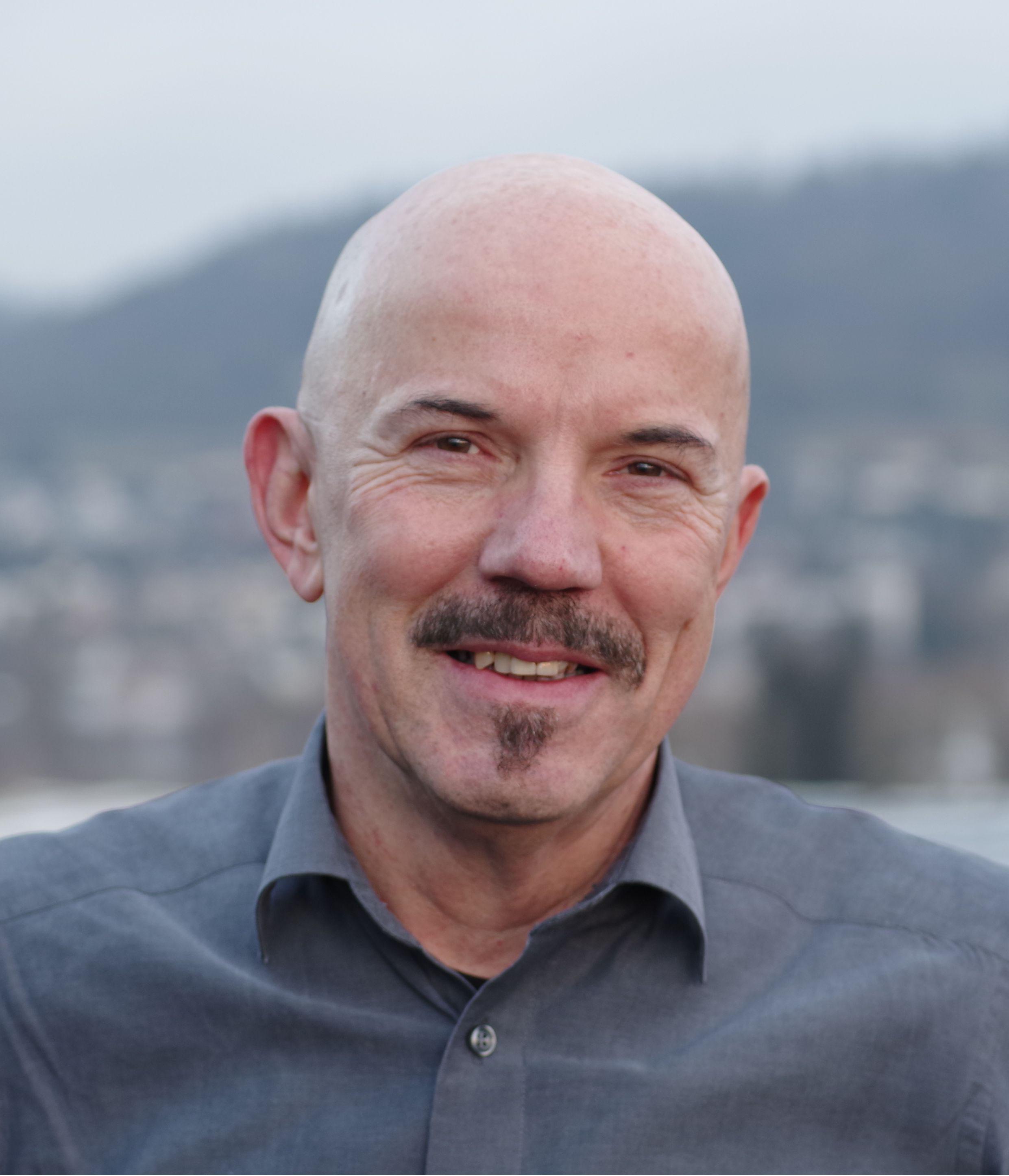 Prof. Armin Wolf
